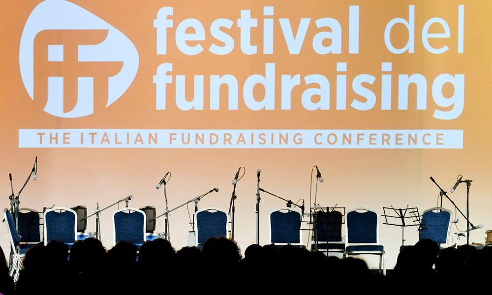 Platea al festival del fundraising