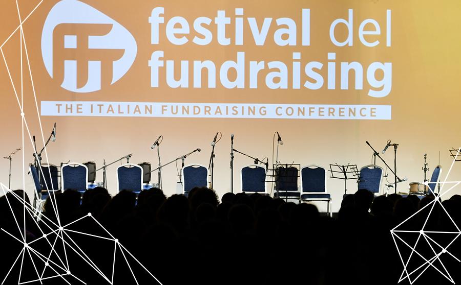 Palco per workshop di Inthera sulle campagne non profit al Festival del Fundraising 2017