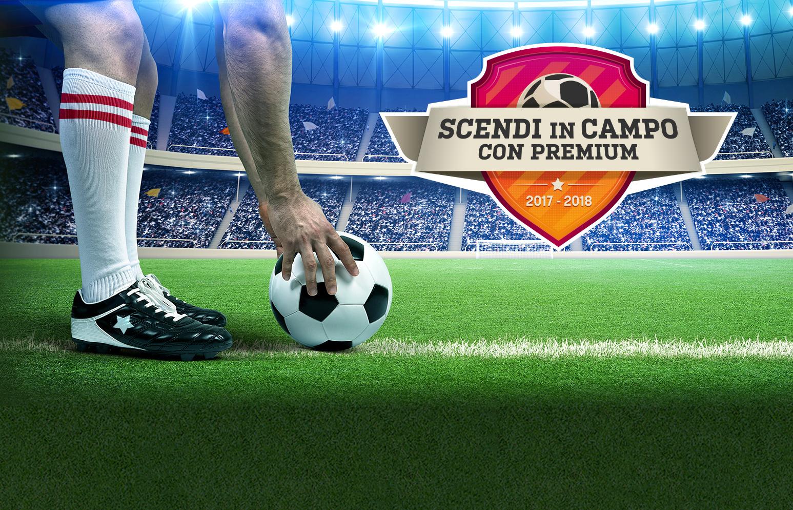 Pallone su un campo di calcio, cover del Concorso Scendi in campo con Premium