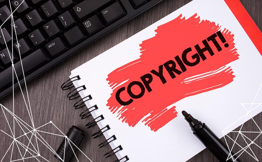 Appunti su quaderno con indicazione copyright